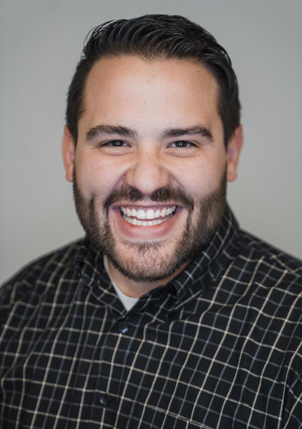 headshot of Jordan Hernandez