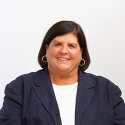 headshot of Dr. Melany Kyzer